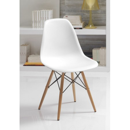 Chaise blanche scandinave YNI