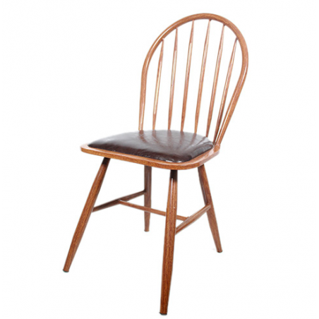 Chaise en bois old style...