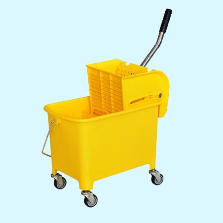 Chariot menage jaune 20l